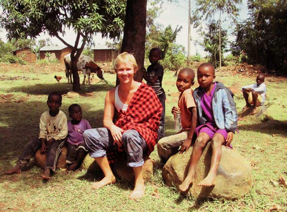 yasik with kids in uganda