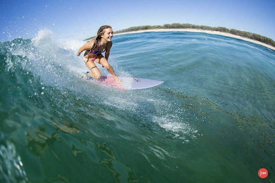 happy-surfer-girl